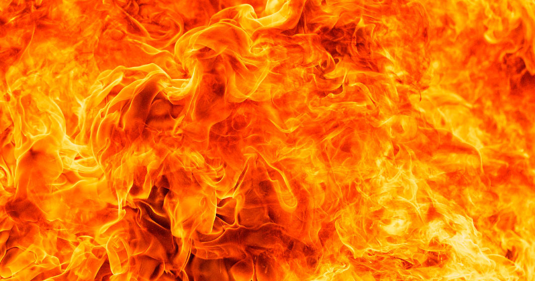 В Барановичах горел микроавтобус