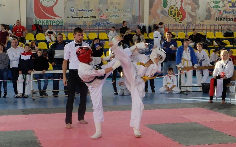 Юные барановичские спортсмены Киокушинкай каратэ завоевали награды столичного Кубка