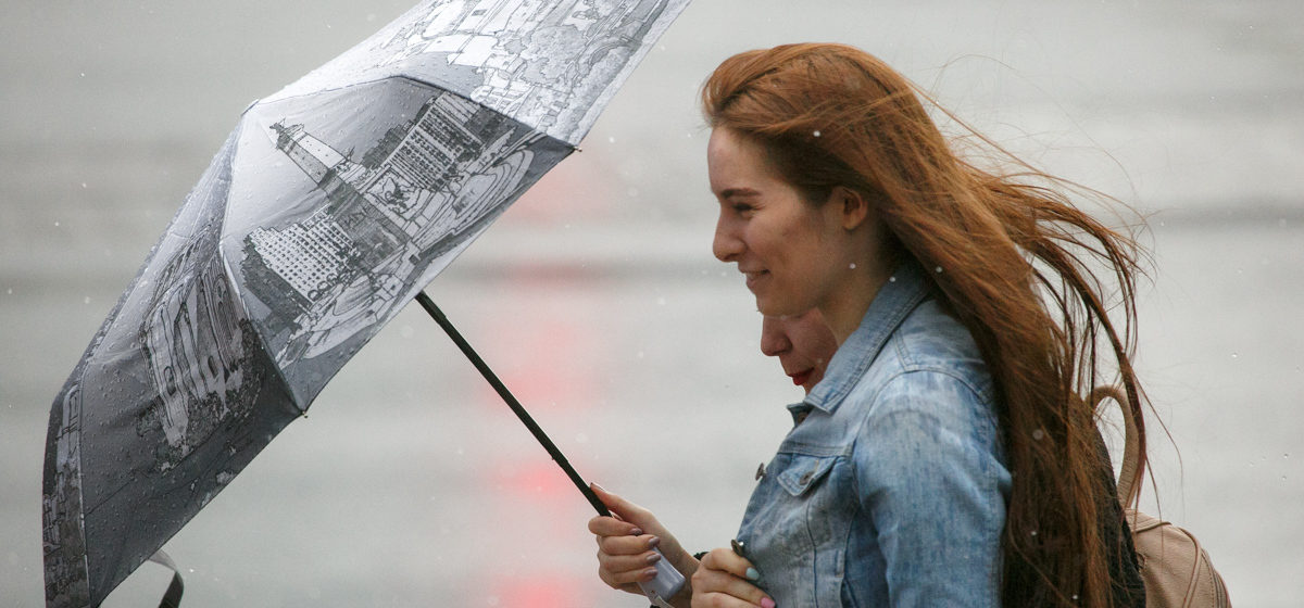 Сильный ветер и дожди ожидаются в Беларуси 4 октября