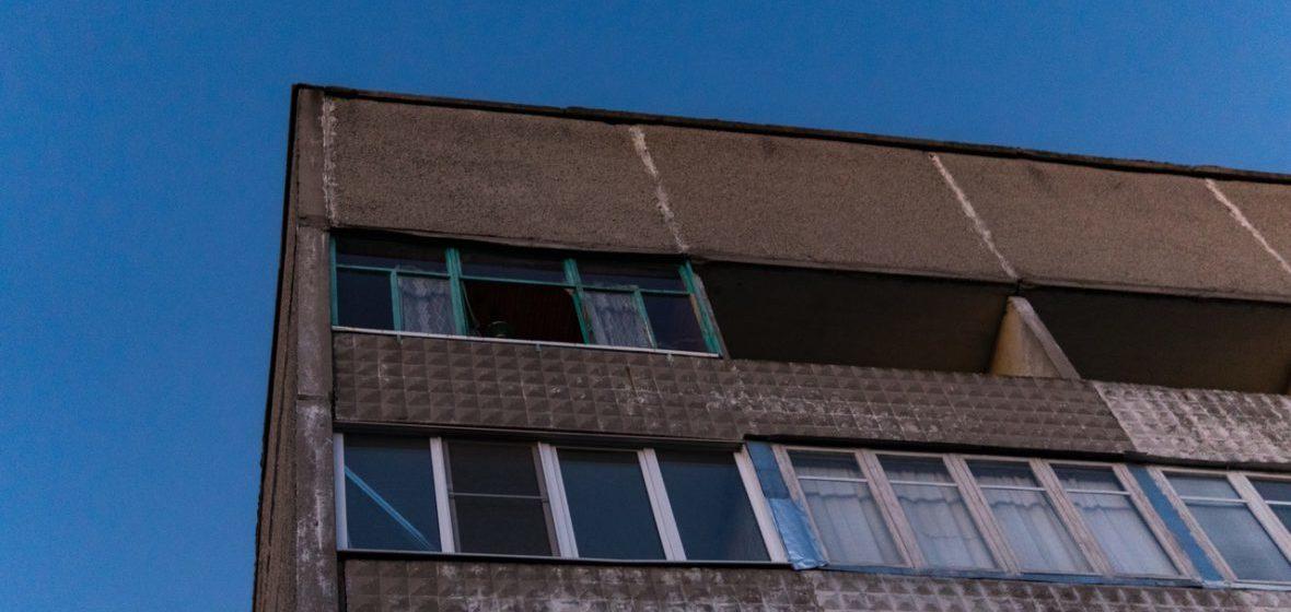 В Светлогорске из окна пятого этажа выпал мужчина