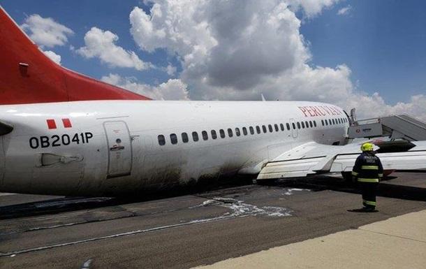 В Боливии у лайнера со 127 пассажирами на борту при посадке отвалилось шасси (фото)
