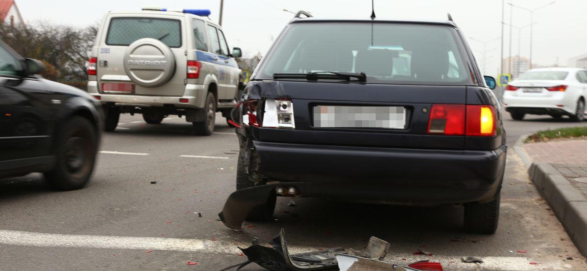В Барановичах милицейская машина врезалась в «Ауди»