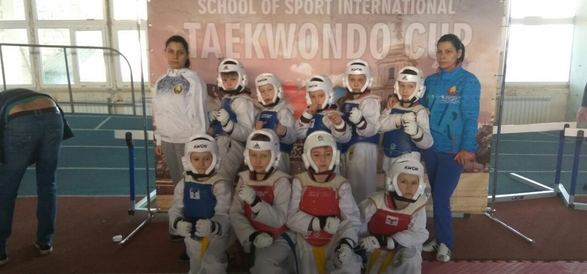 Юные барановичские таэквондисты завоевали награды международного турнира в Украине