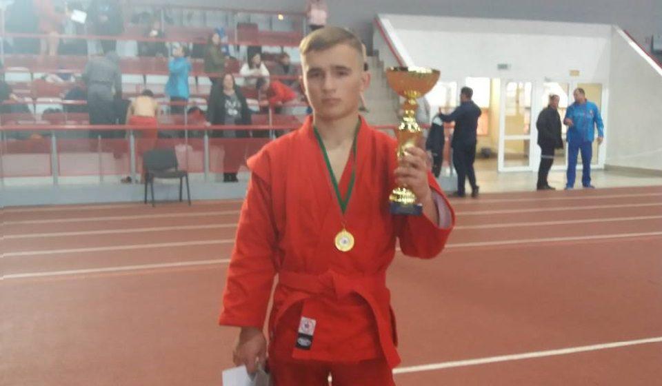Барановичский самбист попал в сборную для участия в чемпионате мира