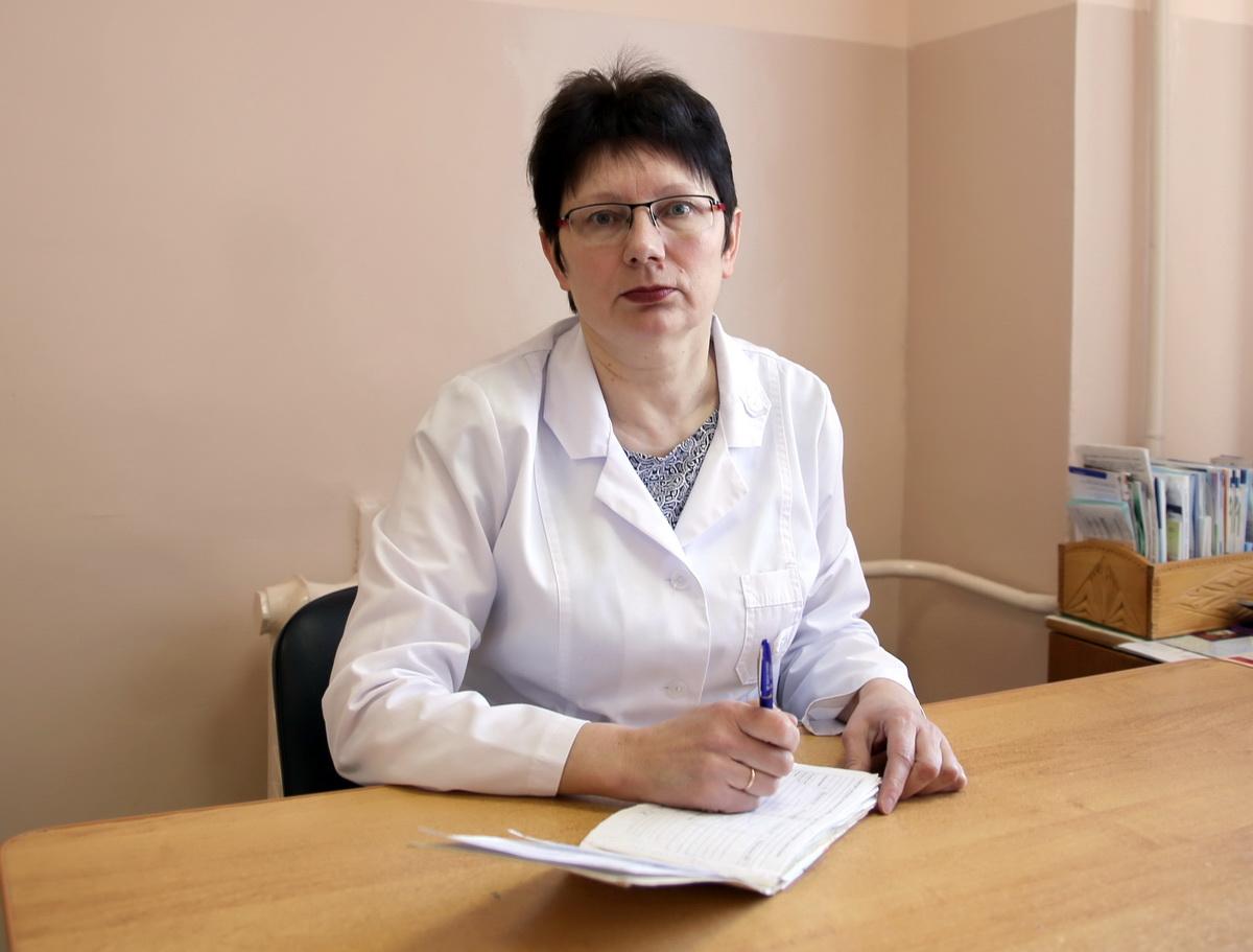 По словам Светланы Костюкевич, число больных диабетом с каждым годом растет. Если за 9 месяцев прошлого года заболевание обнаружили у 501 пациента, то в текущем году за такой же период – у 528. Фото: Татьяна МАЛЕЖ