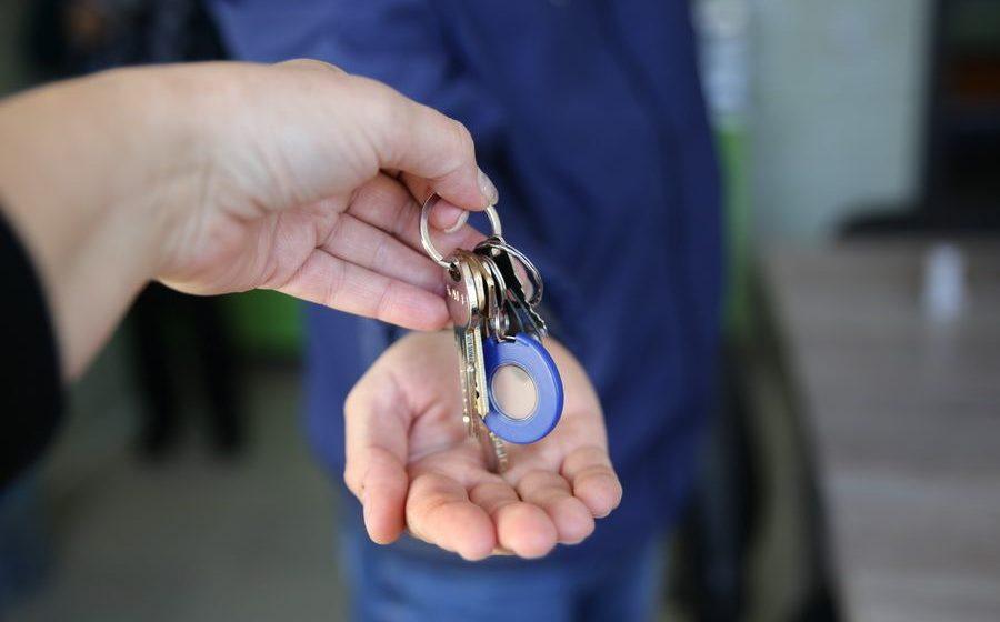 Барановичский райисполком сдает двухкомнатную квартиру за 8,77 рубля