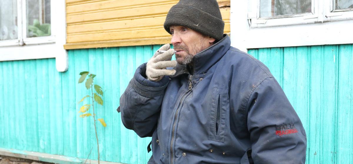 Дров нет, в доме холодина. Как в деревне Ляховичского района живут жители Барановичей, ставшие жертвами серых «риелторов»