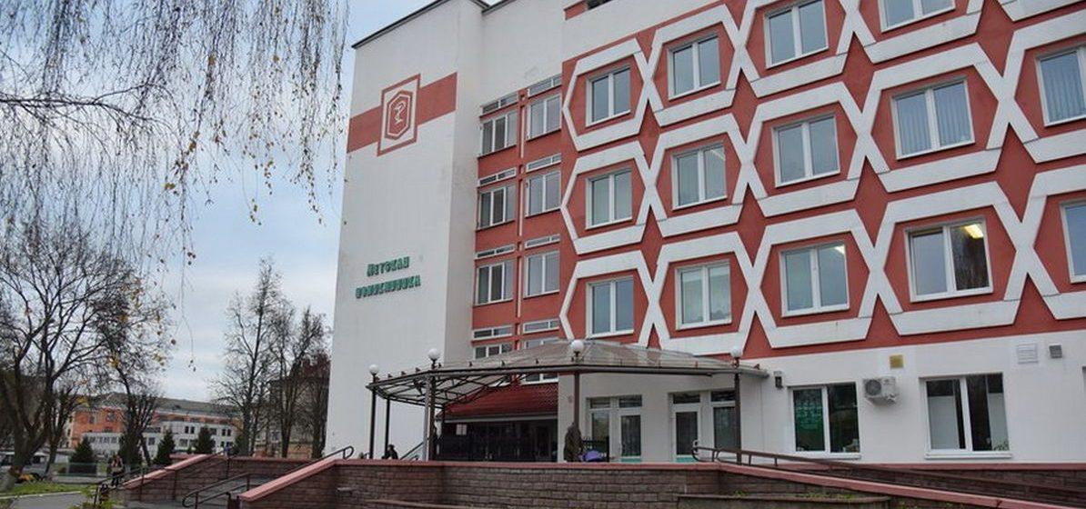 Куда вести ребенка с травмой, если в Барановичской детской поликлинике всего один травматолог, который работает в одну смену?