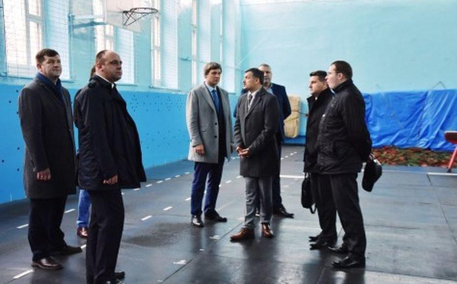 Наш город посетил министр спорта и туризма Республики Беларусь.  «В Барановичах необходимо «обновить» и «перезагрузить» легкую атлетику»