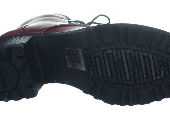Женщины знают толк в обуви
