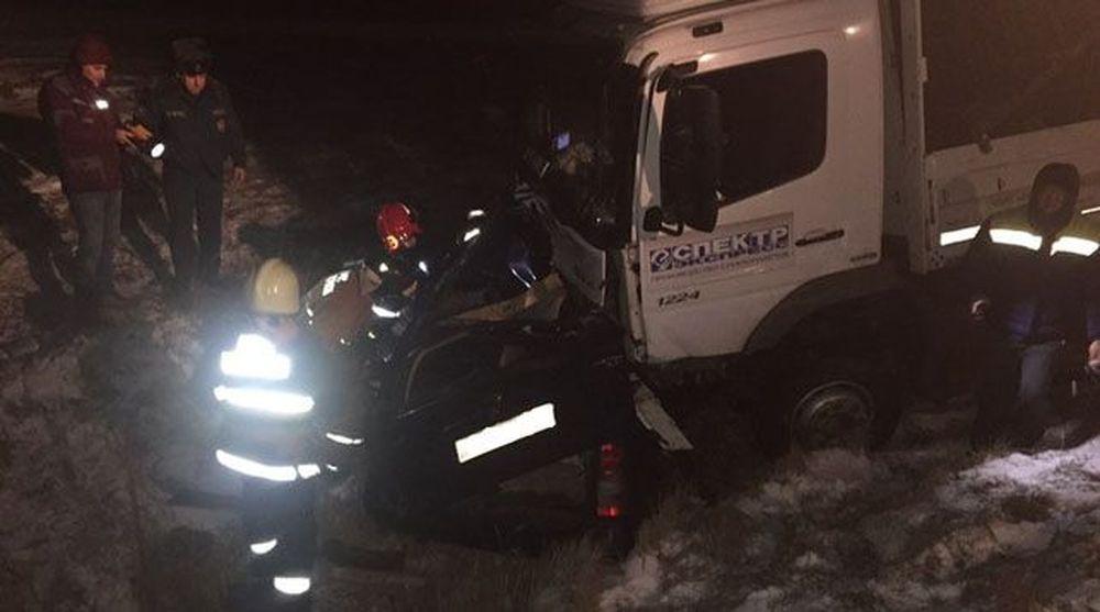 В Шарковщинском районе «Опель» врезался в грузовик, есть погибшие