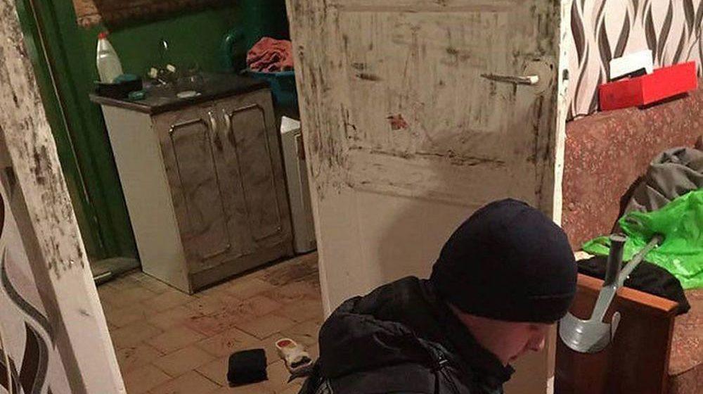 В Дзержинске сын пришел поздравить престарелых родителей и обнаружил, что их зарезали