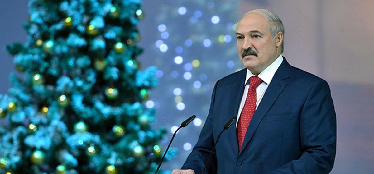 Как президент Беларуси проводит новогодние праздники