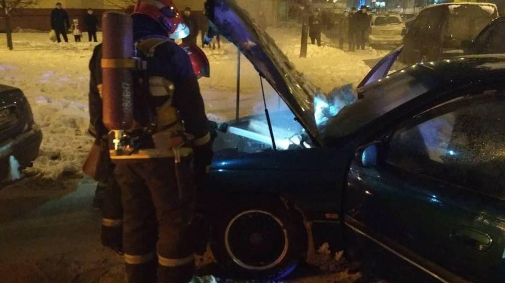 Фотофакт. В Барановичах горел автомобиль