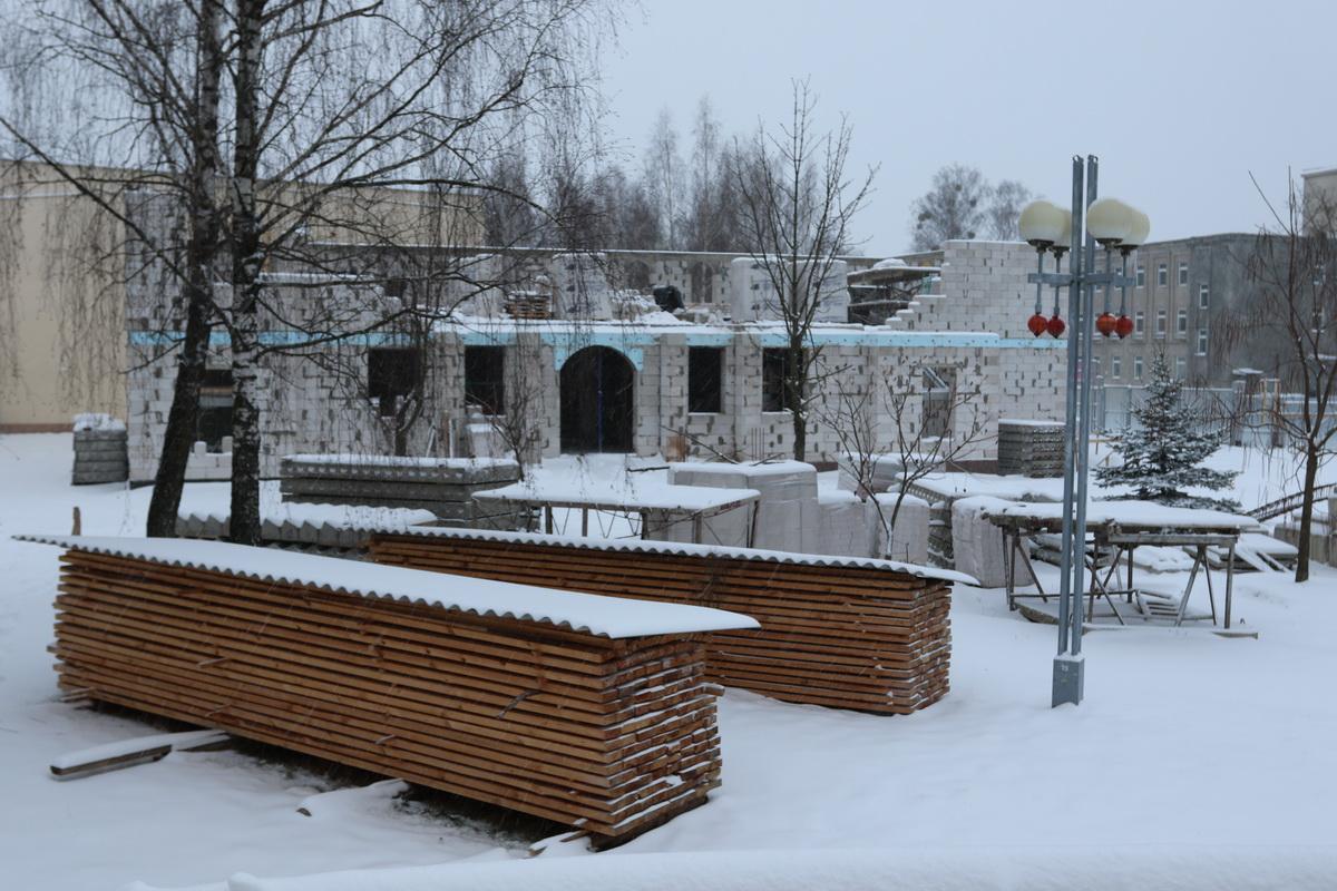 Строительство духовно-просветительского центра на бульваре Хейнола. Фото: Александр ЧЕРНЫЙ