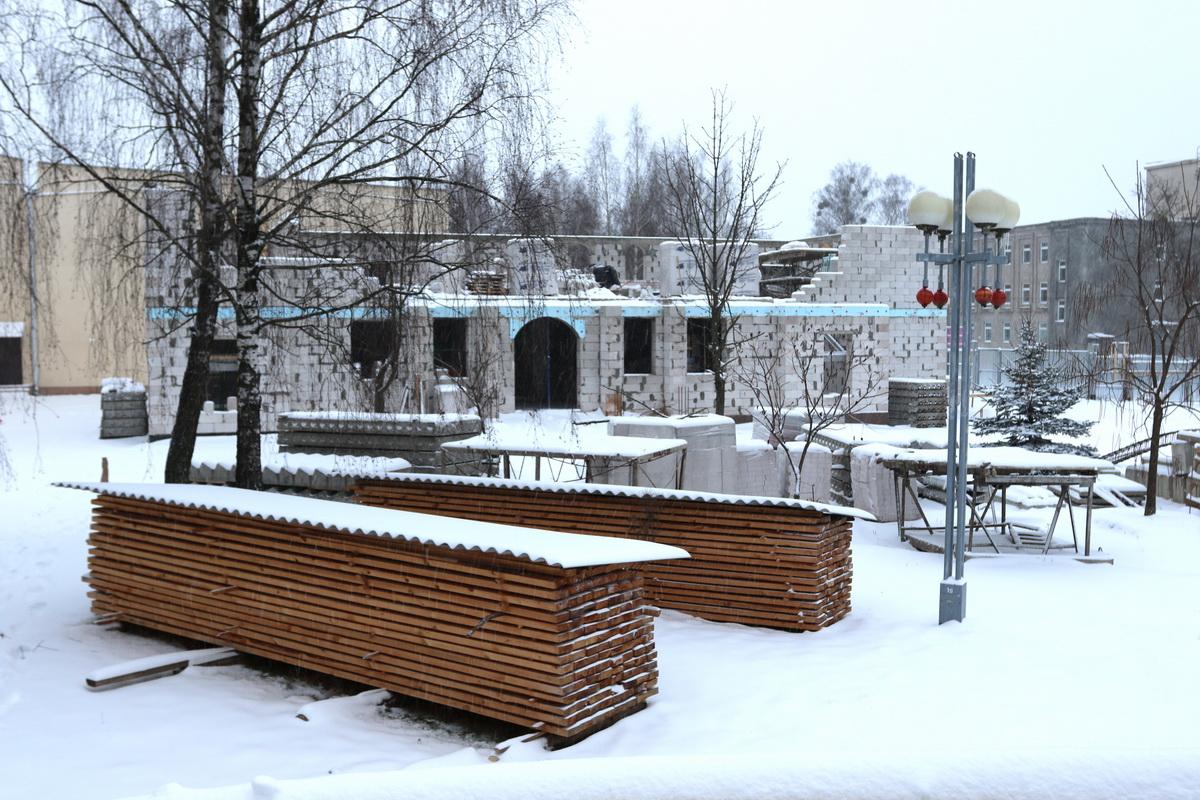 Строительство духовно-просветительского центра. Фото: Александр ЧЕРНЫЙ