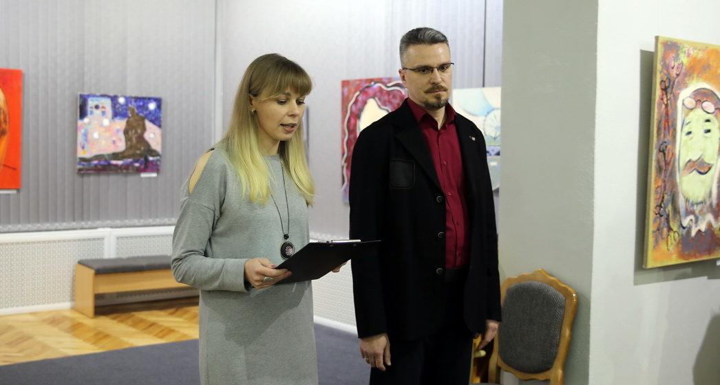 В Барановичах состоялось открытие выставки «Он, Она, Они и другие»