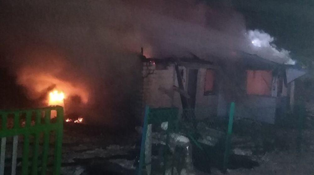 В Барановичском районе горел дом