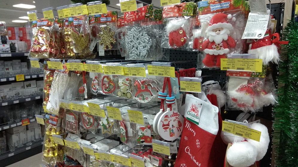 «Берут все, что видят». Что происходит в барановичских магазинах накануне Нового года?