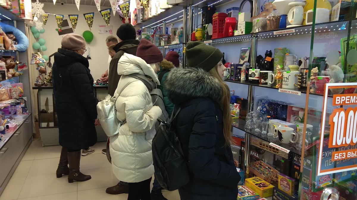 Центральный, магазины, новогодняя торговля, Барановичи