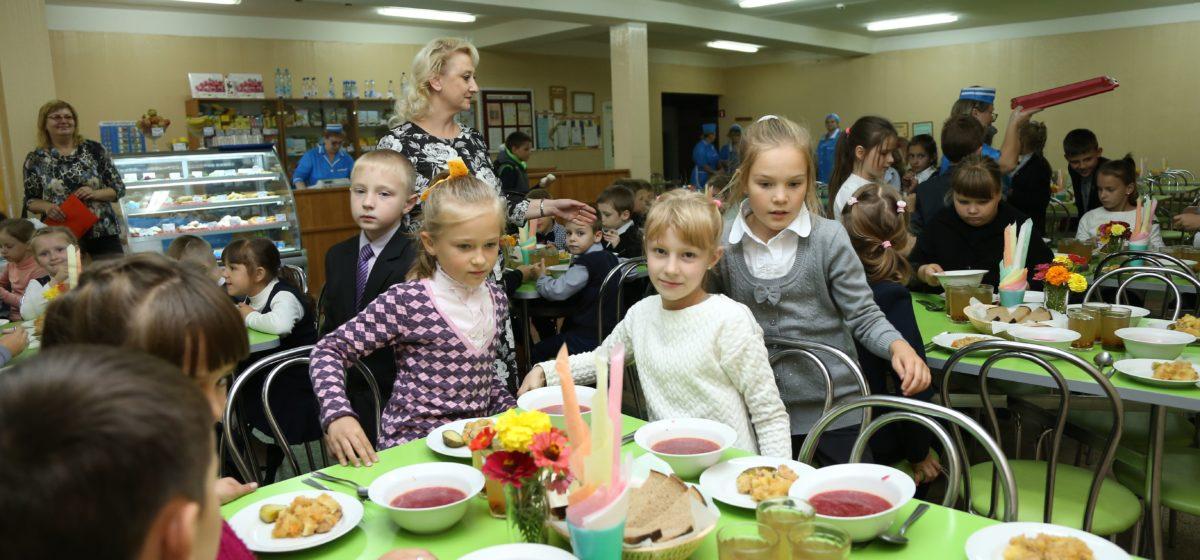 В Беларуси подорожало питание в школах и садиках. Как изменятся суммы
