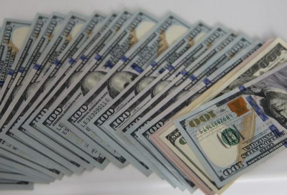 Станислав Богданкевич: Власти могут даже решить заморозить все рублевые и валютные депозитные вклады. К примеру, на год