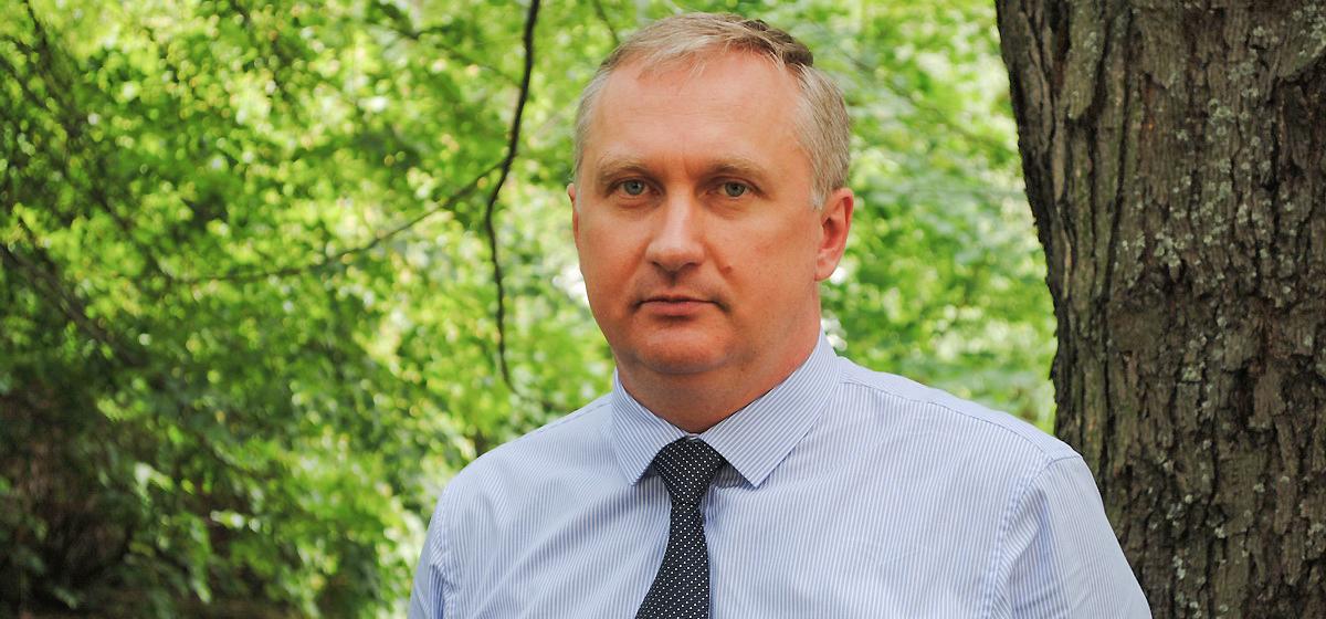 «Власть нужно воспитывать, чтобы она уважала права человека». Белорусский правозащитник о ситуации в стране в 2018 году