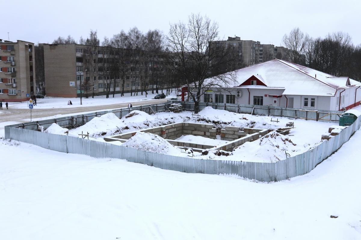 Строительство кафе в Северном микрорайоне. Фото: Александр ЧЕРНЫЙ