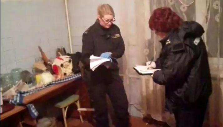 В Барановичском районе мужчина зарезал двоих гостей