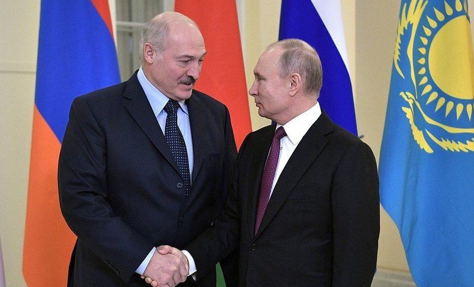 Лукашенко публично осадил Путина: Вроде бы воевали вместе, а для Беларуси условия хуже, чем для Германии (видео)