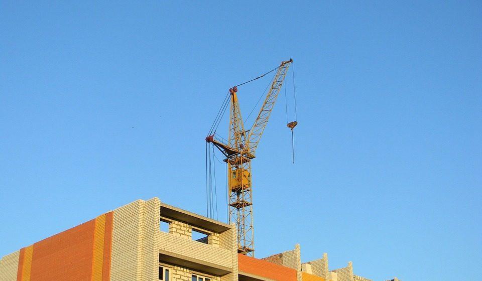 Правительство ищет дополнительно 119 млн рублей для обеспечения многодетных жильем