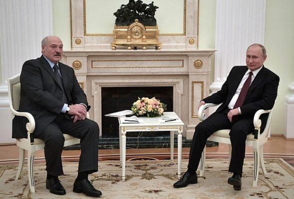 «Я пошутил, что мы надоели друг другу». Лукашенко и Путин встретились в Москве