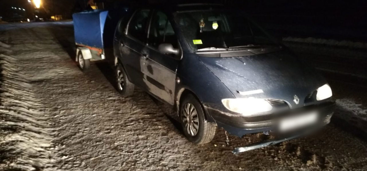 Под Гродно Renault проехал по лежащему на дороге мужчине — он умер