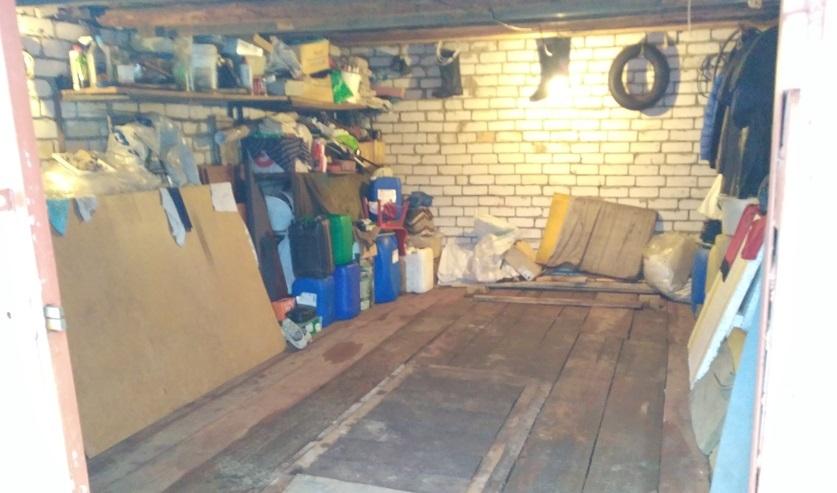 Затолкали в машину и завезли в гараж. В Минске мужчина и женщина пытались заставить должника вернуть деньги
