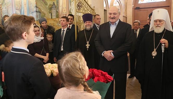 Лукашенко: Под плеткой мы больше никогда ходить не будем