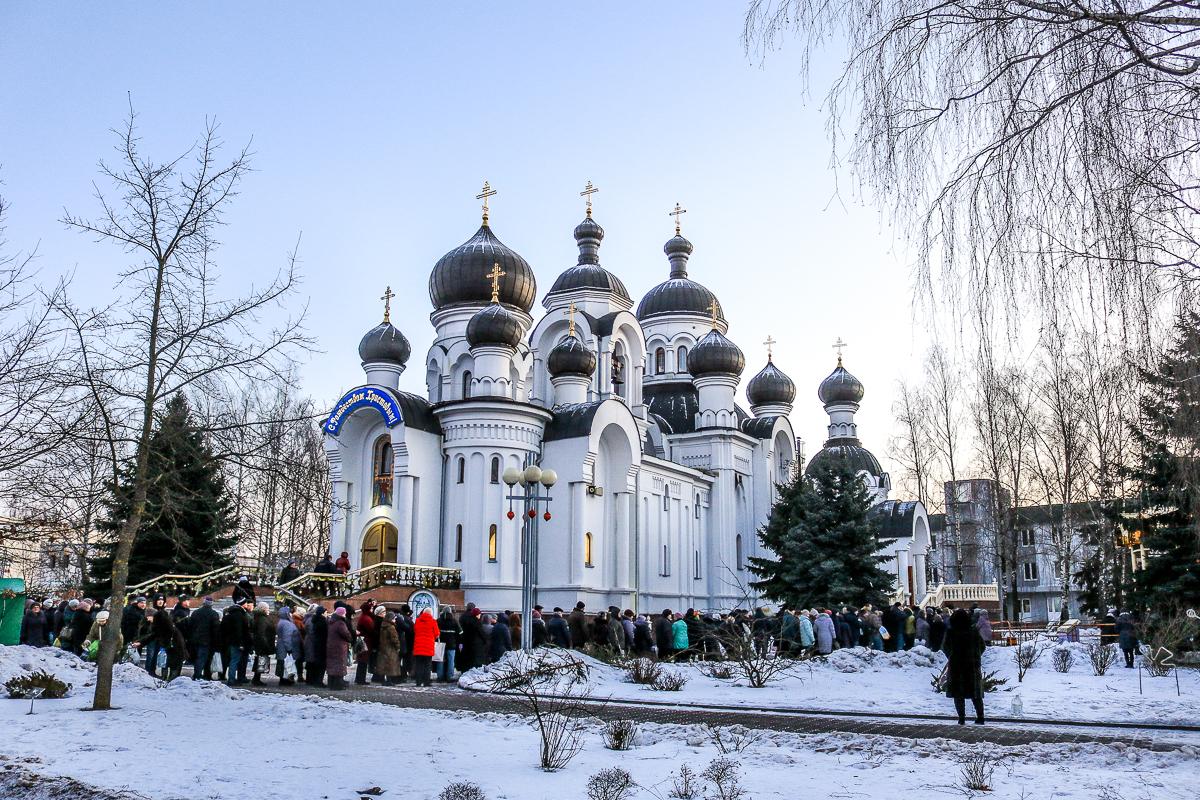 Храм святых Жен-Мироносиц.