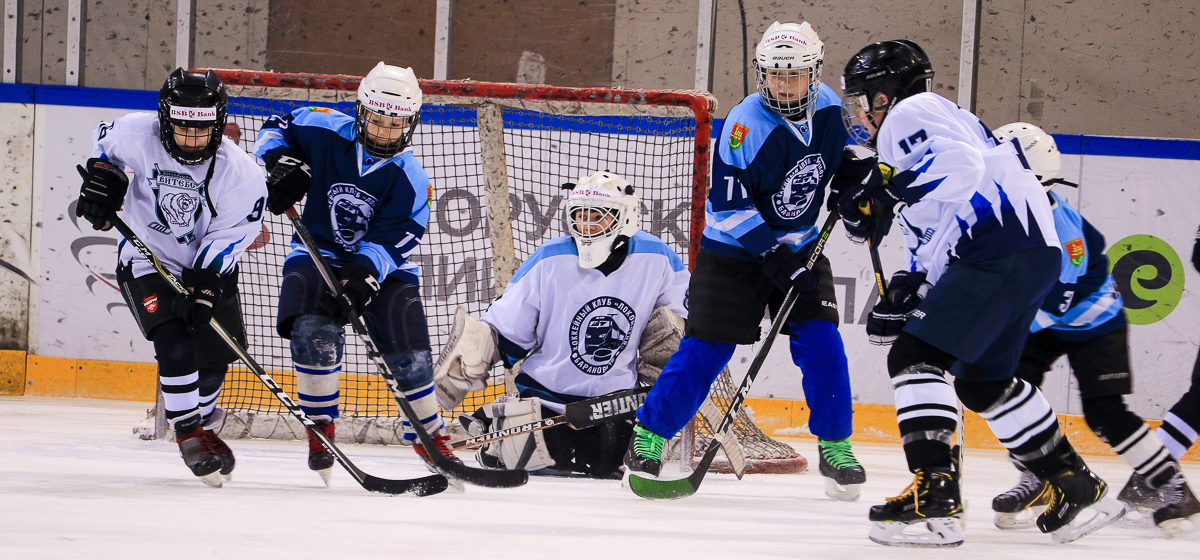 Юная команда ХК «Барановичи-07» проиграла дома сверстникам из Витебска