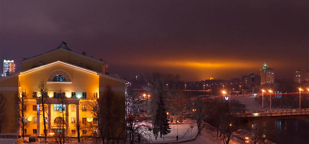 Загадочное свечение в небе над Витебском. Что оно значит?