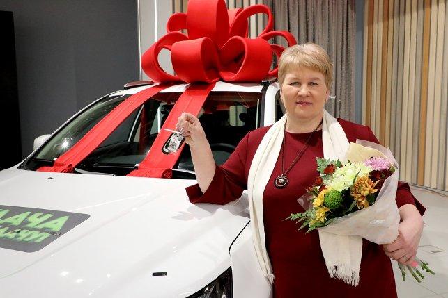 Как выглядит автомобиль, который выиграла уборщица в рекламной игре «Евроопта»