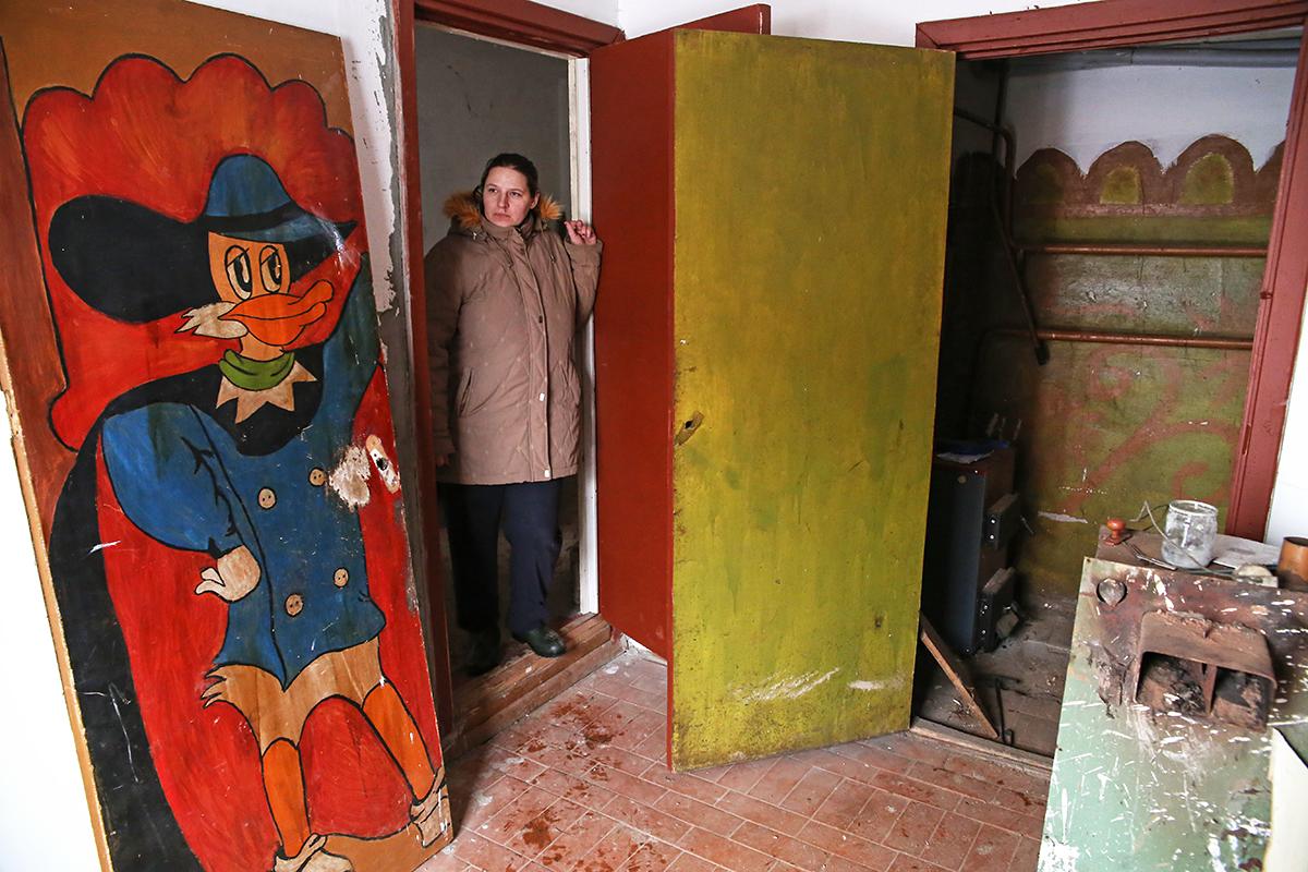 По словам Анастасии, заниматься квартирой коммунальщики не спешат. Фото: Евгений ТИХАНОВИЧ