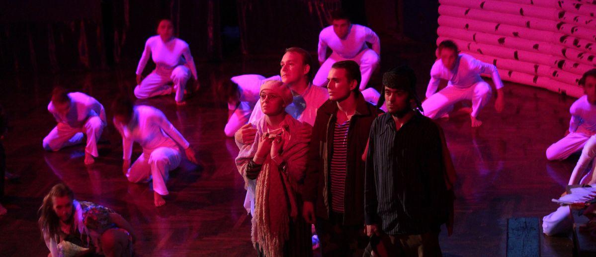 В Барановичах пройдет премьера спектакля «Оркестр «Титаник»