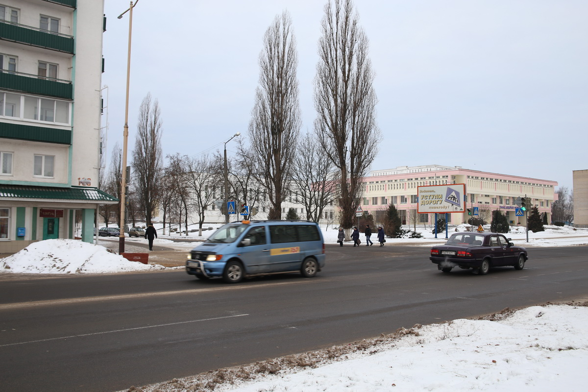 2019 год. Перекресток улиц Курчатова и Советской. Фото: Евгений ТИХАНОВИЧ