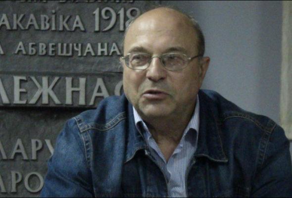 Военный эксперт: России нужна слабая белорусская армия, чтобы было легче «заломать»