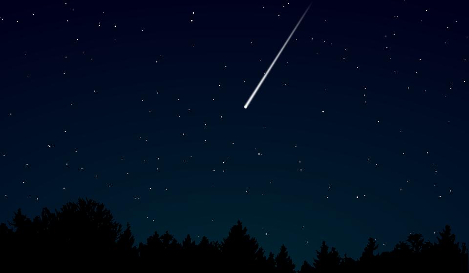 Под Брестом камеры видеонаблюдения сняли падение метеорита (видео)