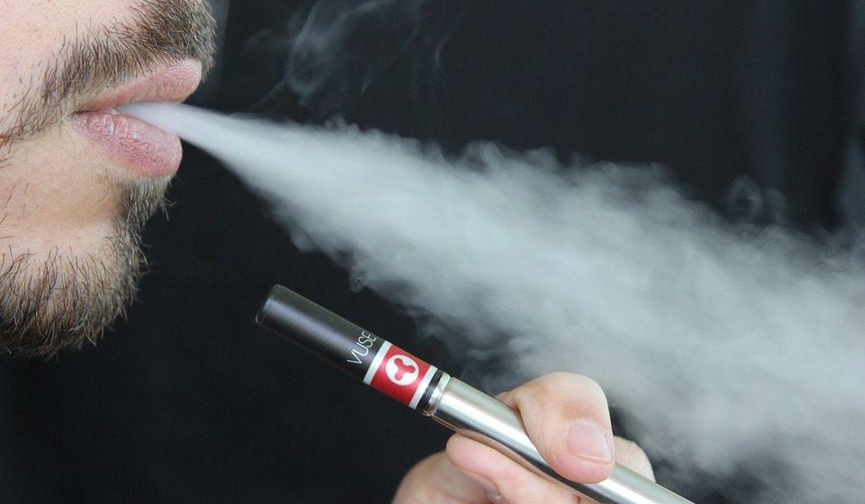 Электронные сигареты на 71% повышают риск инсульта и сердечного приступа