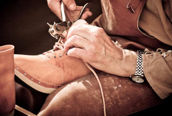 Любимая пара обуви вернется к жизни