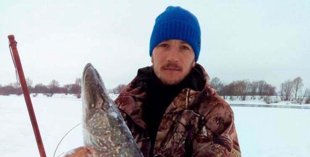 Рыбак поймал 9-килограммовую щуку в Гомеле (фотофакт)