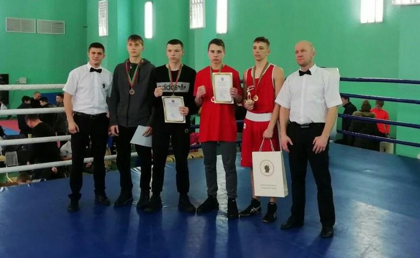 Барановичские юноши завоевали пять наград республиканского турнира по боксу