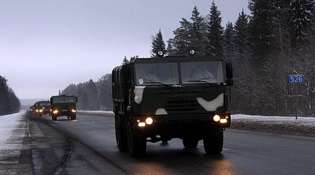 В Минобороны предупредили о военной технике на дорогах Брестчины