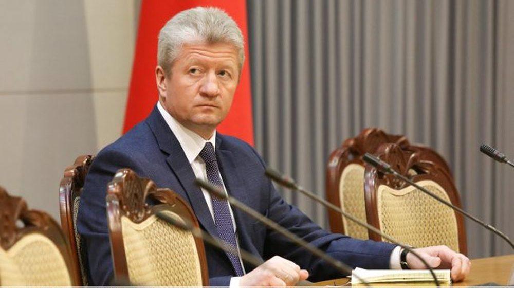 Уделить внимание самым проблемным предприятиям и сократить отток рабочей силы пообещал новый помощник президента по Брестской области